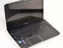 壊れたノートパソコン買取りました!東芝 PT5515TBBGBW T551/W5TBB Win7 Core i7