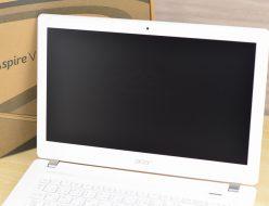 壊れたノートパソコン買取りました!acer V3-371-N34D/W Core i3
