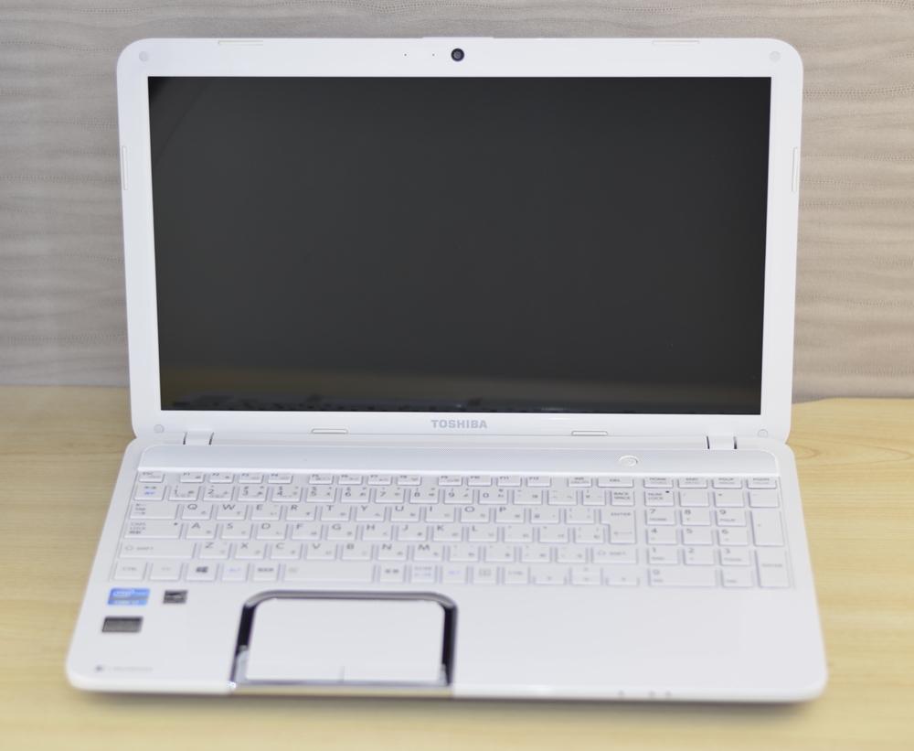 壊れたノートパソコン買取りました!東芝 T552/58HW PT55258HBMW Core i7 8GB,どこよりも高く買取いたします!