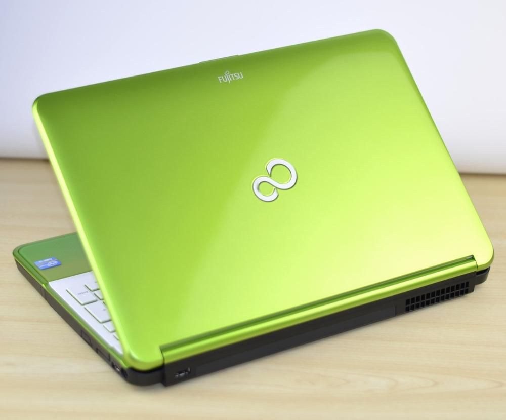 壊れたノートパソコン買取りました!富士通 FMV LIFEBOOK WA1/J FMVWJA1S Core i3